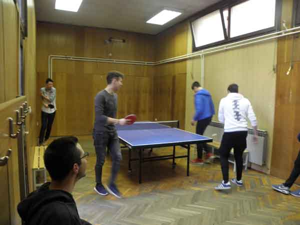 U dvorani za stolni tenis