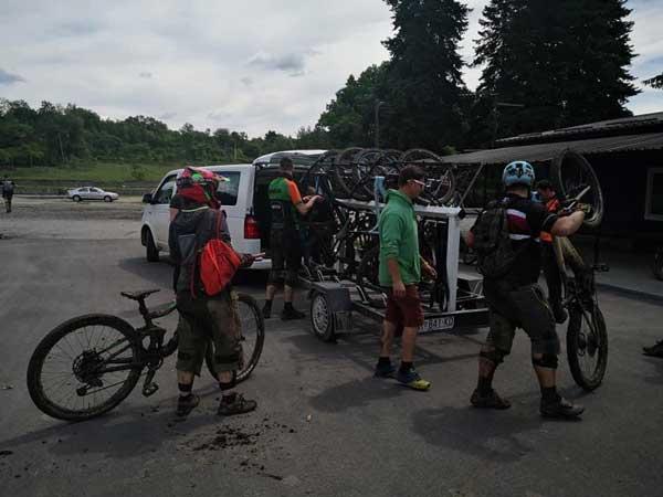 Biciklisti i bicikli